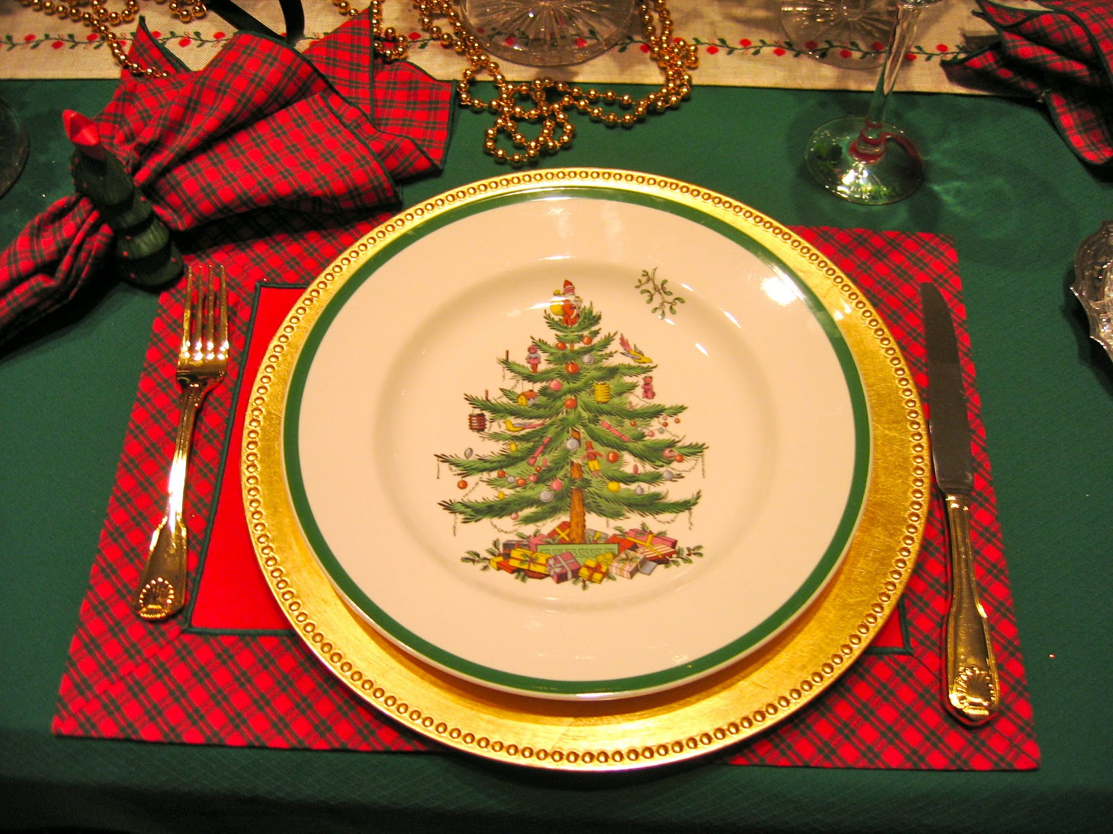MAY DAYS: The Dining Room At Christmas