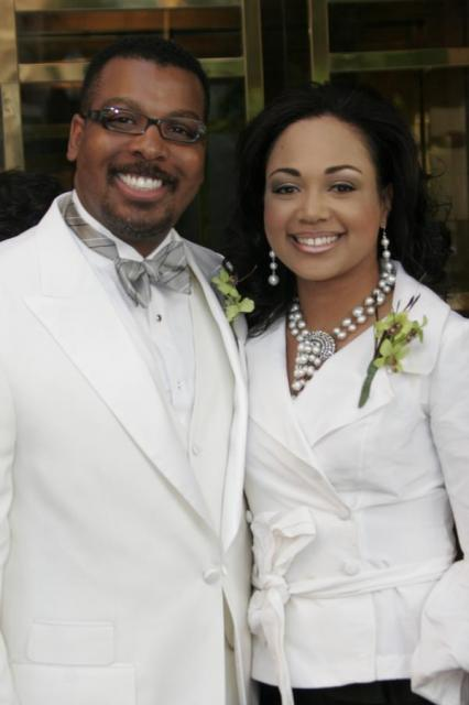 Bishop Thomas Weeks Iii Finds A Wife