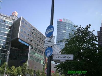 Foto 0 en  - Cerca de la calle de la ardilla se vende  un edificio por 1500 millones de euros