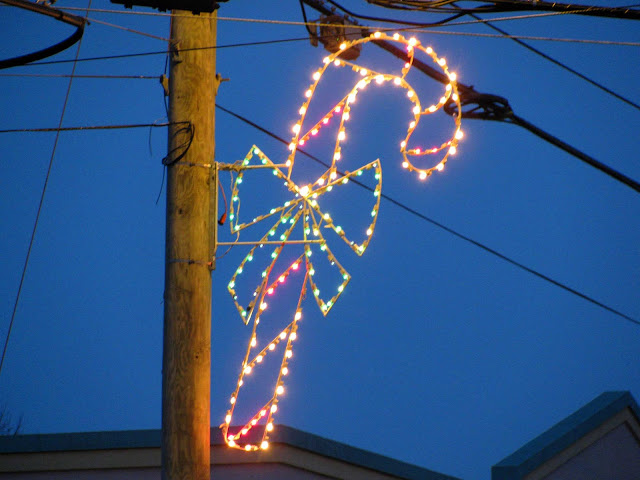 Giant-Candy-Cane-in-the-Suburbs
