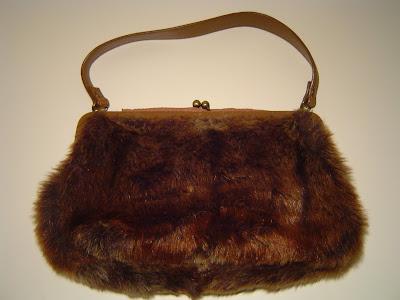 c5a3b258eb60 Műszőr kézitáska / Faux fur handbag