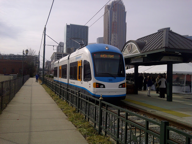 Potomac Express Hybrid Streetcar Unveiled In Charlotte