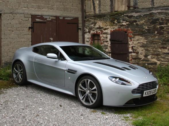 2010 V8 Vantage Luxury Sports Car New Aston Martin Cars