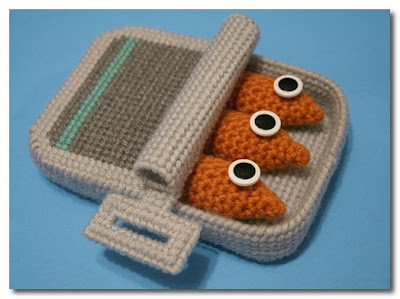 knitted items by Nicole Gastonguay