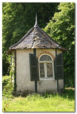 little french summer house