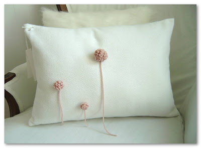 Simplemente Blanco cushion