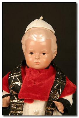 the pope doll by puppenklinik