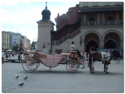 carriages in krakow