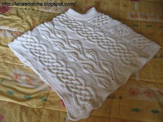 Lana e Cotone (maglia e uncinetto)  Poncho ai ferri c0bf1e7e234a
