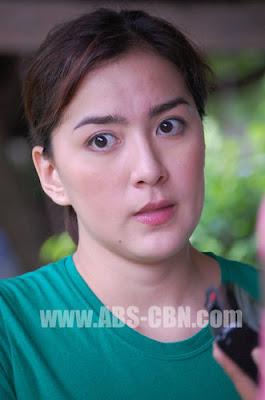 Ara Mina and Roxanne Guinoo in Ligaw na Bulaklak set Visit