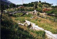 Τμήμα αρχαίου τείχους Αμβρόσσου-( Διπλούν τείχος )