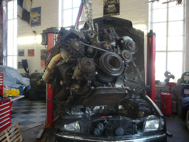 Tamerlane's Thoughts: Mercedes W111 / 560SEC engine swap