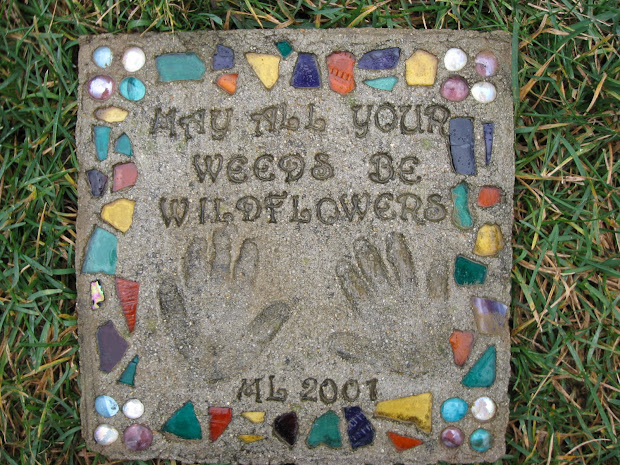 Condo Blues Make Personalized Garden Stepping Stones