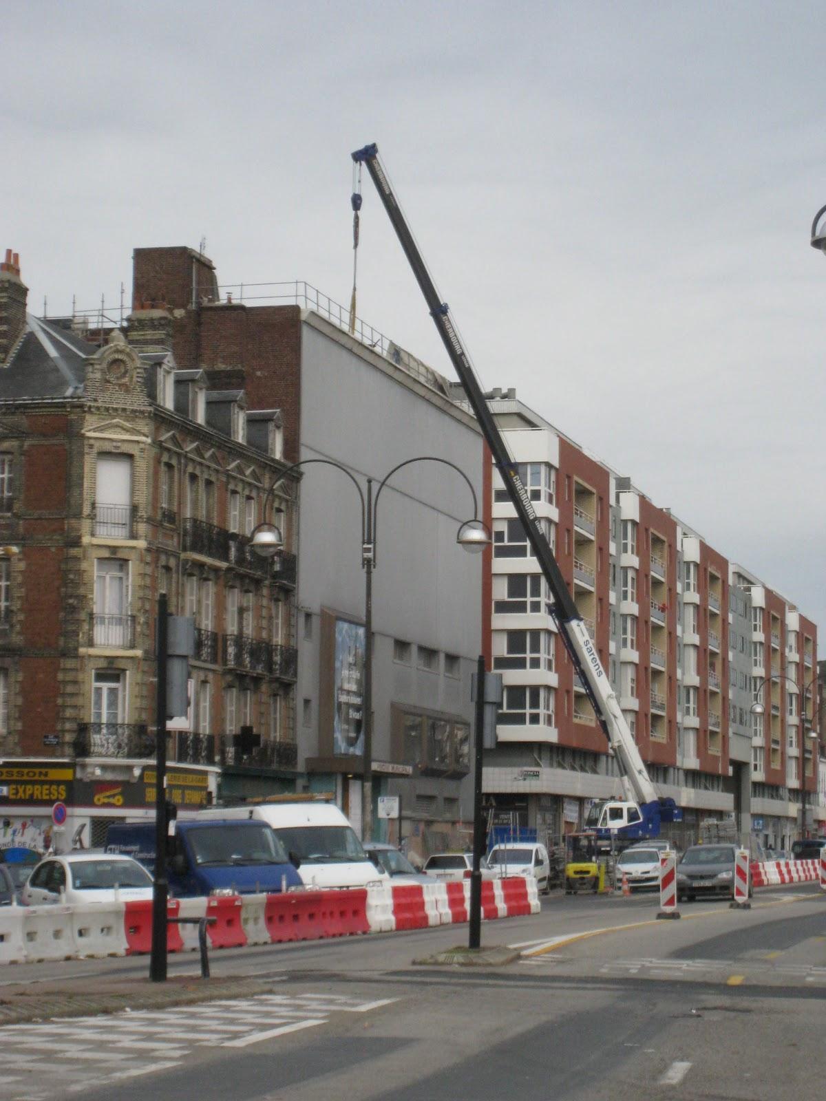 Piscine Cours De La République -