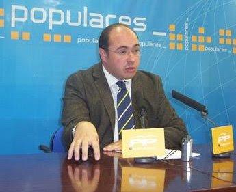 Pedro Antonio Sanchez, exigiendo el pago de la deuda Histórica de Murcia.