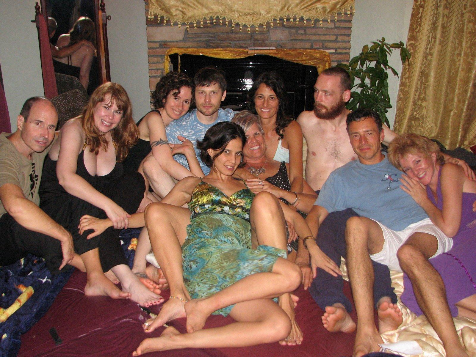 нажим, видео секс вечеринок в тантра клубе какой стати там