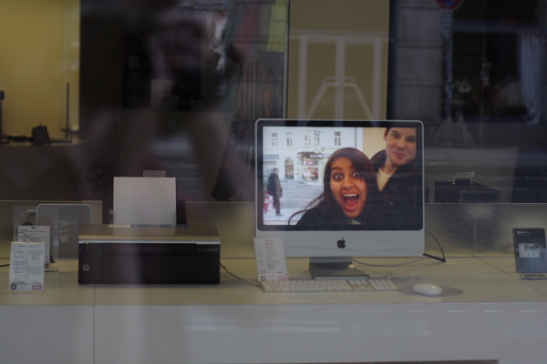 Prague - funny iMac screensaver