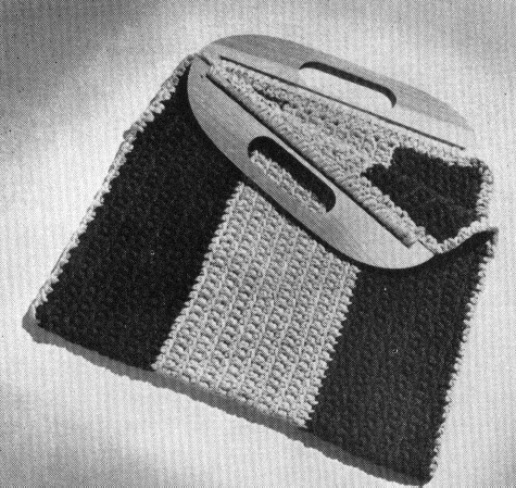 Free Crochet Purse Patterns With Wooden Handles : Totally Free Crochet Pattern Blog - Patterns: Wooden ...