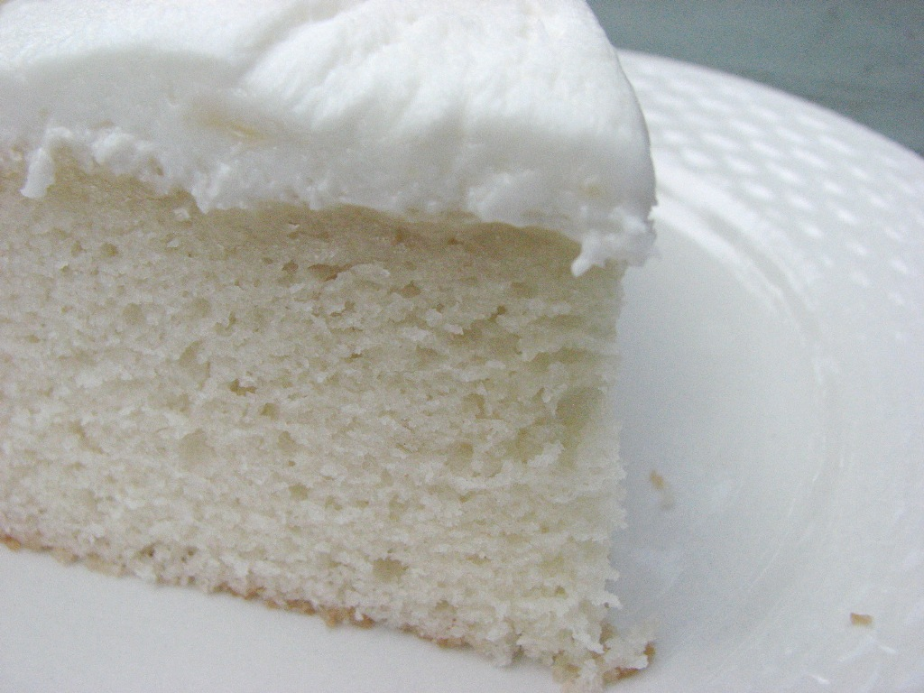 wedding cake recipe with white mix heidi bakes my now favorite white cake recipe 23657