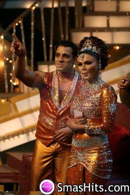 Rakhi Sawant's partner has better makeup skills than her