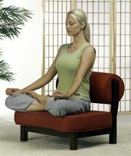 Pose Senam Yoga yang Ampuh Bakar Lemak Tubuh Anda