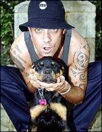 robbie williams+dog