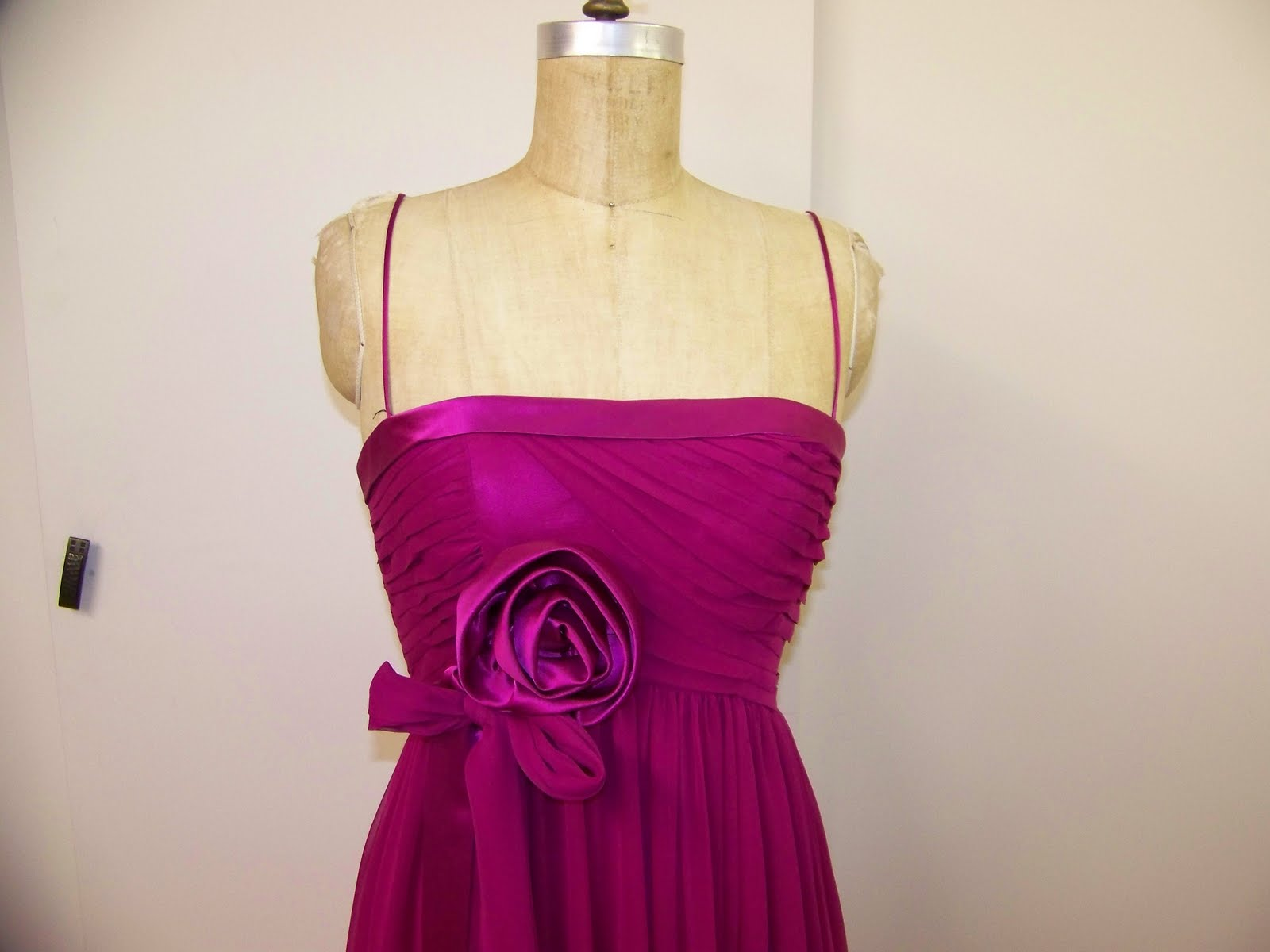 Satin ribbons decorating this beautiful chiffon gown. It feels dazzling and  enchanted d56a2a2d84