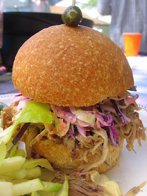 Under the High Chair: WFD? Southern Pulled-Pork Sandwiches