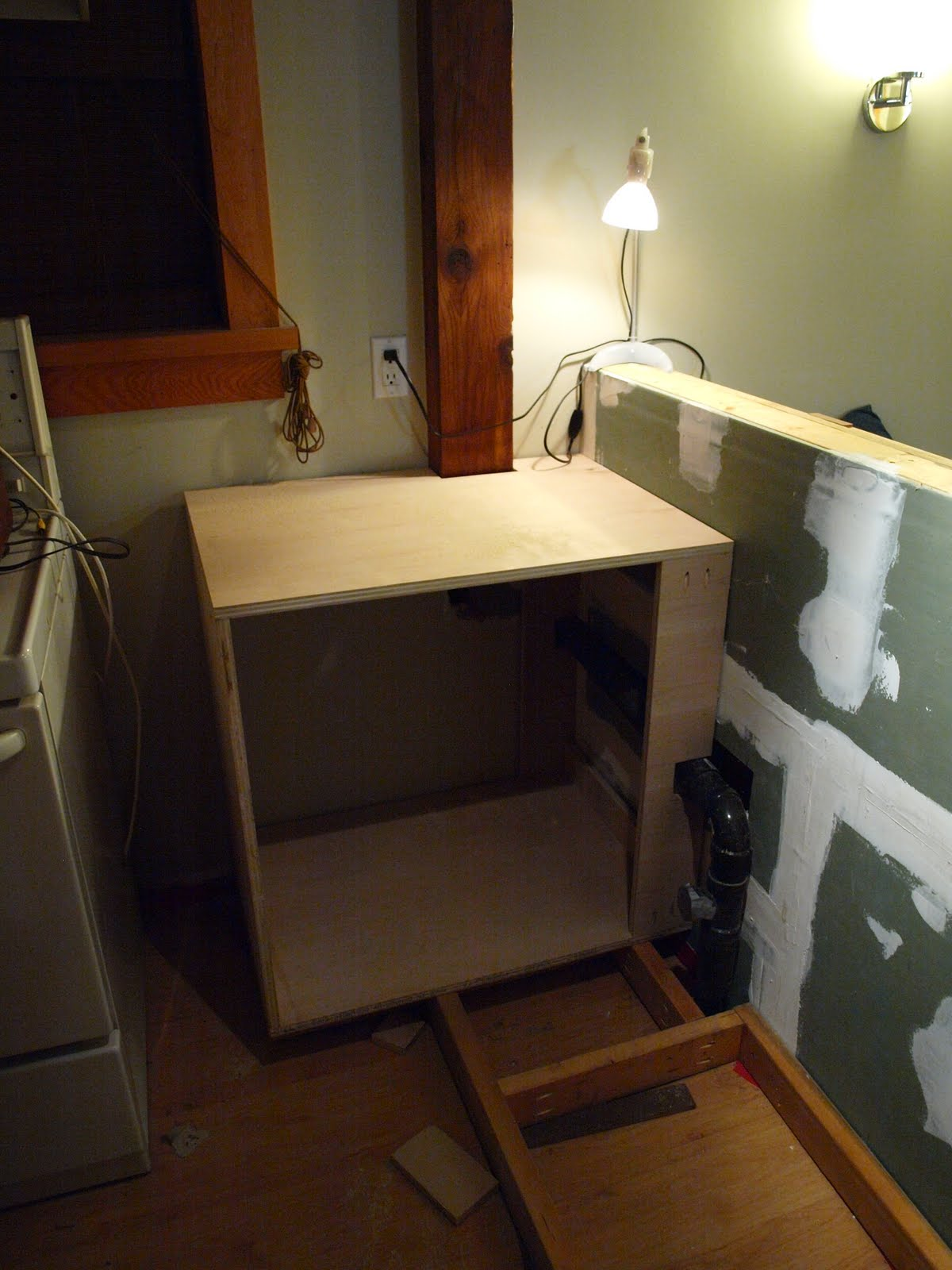 Here's the corner cabinet, which I built first, after building and