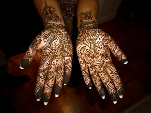 2011 Pakistani M...Latest Arabic Mehndi Designs 2011 For Hands