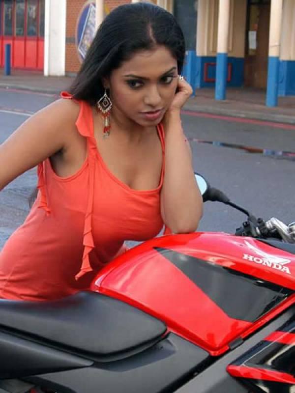 boobs pic bangali