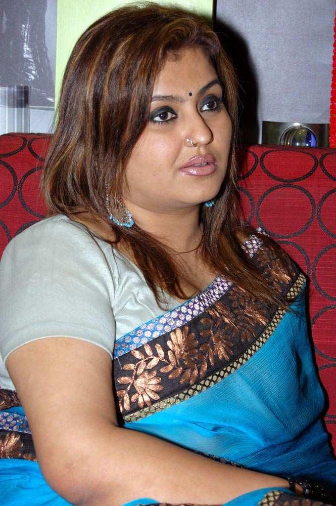Celebrity Words Sona Heiden Hot In Blue Saree, Tamil -3682