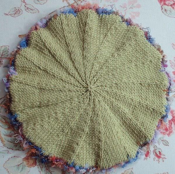 Free Knitting Patterns For Berets : caroline hegwer: Petite Fleur Baby Beret FREE PATTERN