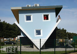 upside down casas houses alemania trassenheide wallpapers casa germany amazing head norte collections gendeng bobby posted gagdaily
