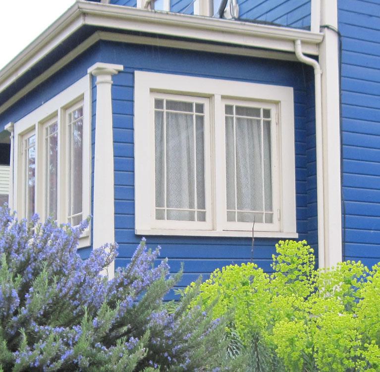 Extraday blue house white trim - Houses with white trim ...