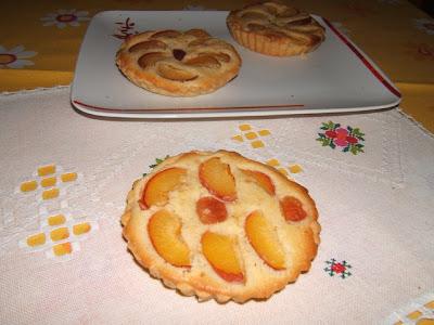 Tartelettes aux abricots à la crème d'amande