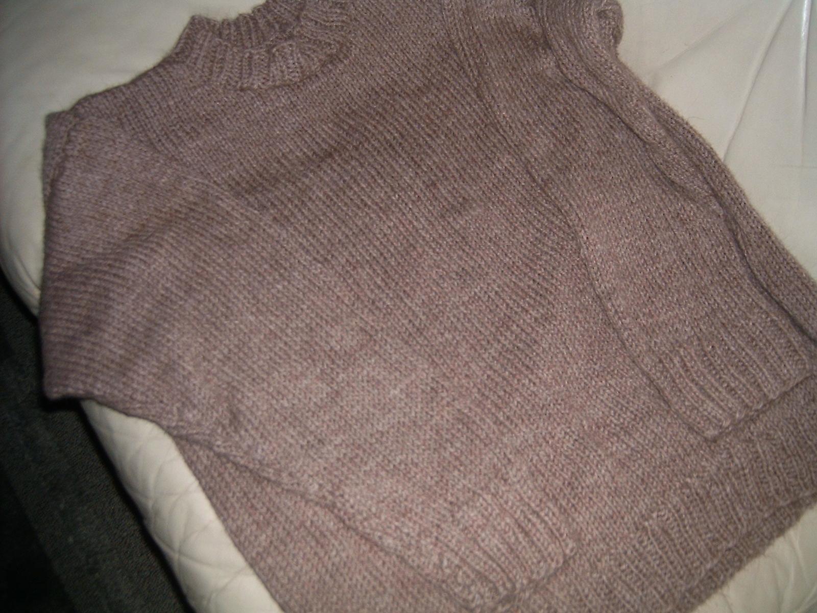 3a15a770 Dorthes strikkekrok.: Helt enkel genser.