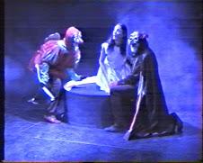 """Montaje teatral """"Mundo de siete pozos"""""""