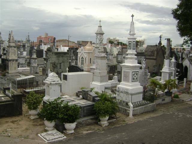 Resultado de imagem para Fotos do CEMITERIO DE bATURITÉ