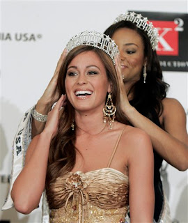 Raquel Beezley Crowning Picture