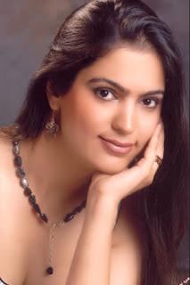 Madhvi Awasthi - Gladrags Mrs India 2008