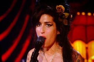 Amy Winehouse Grammys 2008 Performance Photos