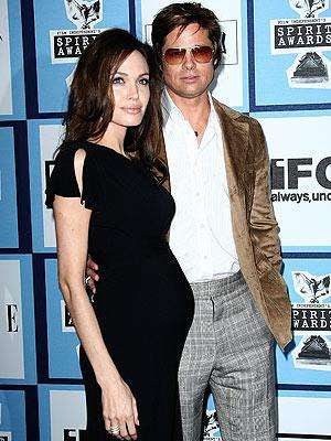 Angelina Jolie Baby Bump Picture