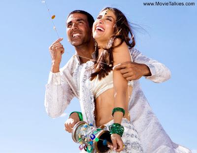 Akshay Kumar, Kareena Kapoor in Tashan Movie Pictures