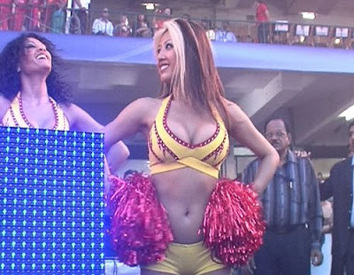 Bangalore Royal Challengers Cheerleaders Picture