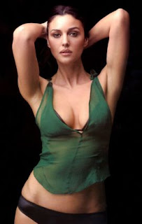Monica Bellucci Hot Sexy Picture