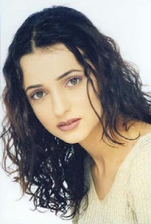 Sanaya Irani - Sameera of Left Right Left TV Show