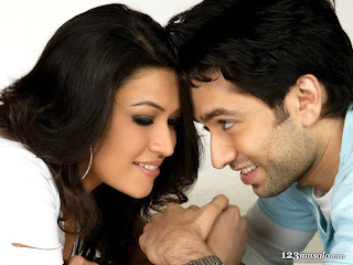 Nakul Mehta and Amita Pathak in Haal e Dil Movie Scene