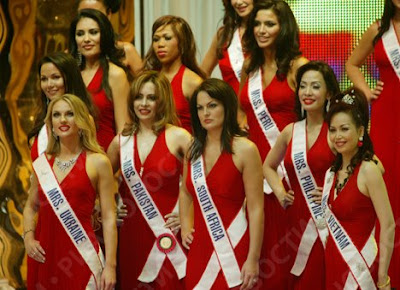 Mrs World 2008's Top 5 Finalists