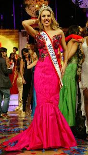 Natayla Shmarenkova - Mrs World 2008 Crowning